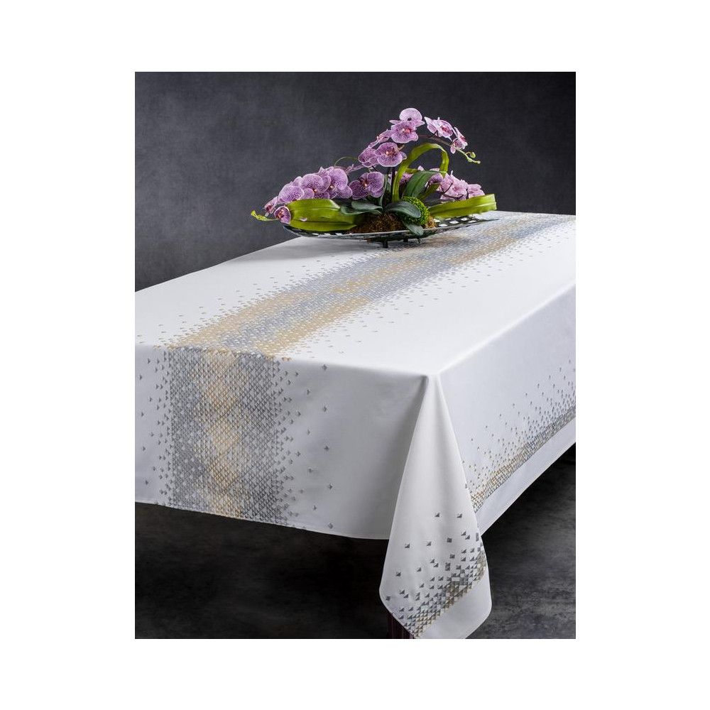 Radiant Stain Free Tablecloth   Spillproof   Tablecloths ...